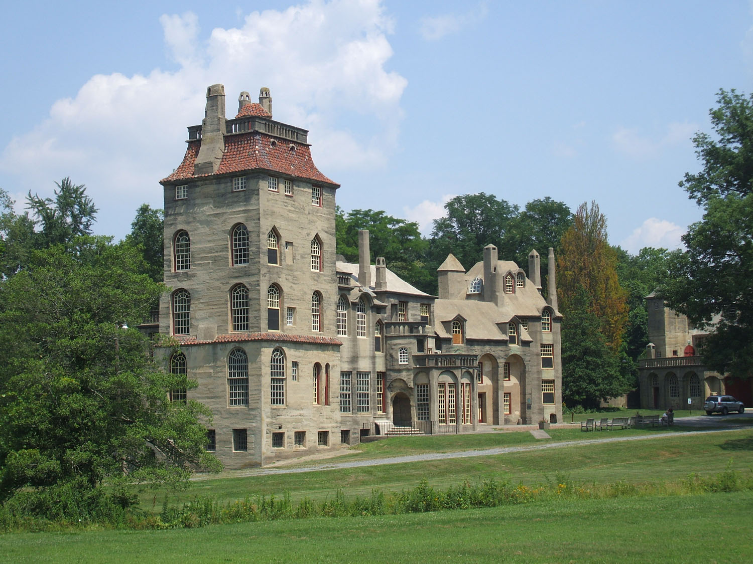 The On Line Buzzletter Visited Quot Fonthill Quot Modern Castle