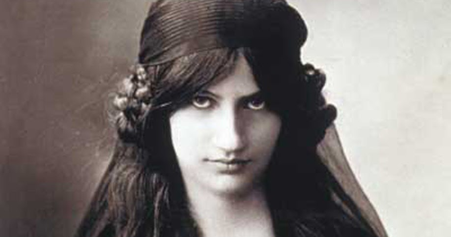 Jeanne Modigliani: Elizajohn: Jeanne Hebuterne