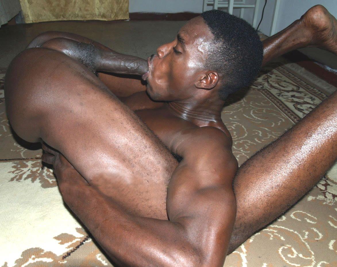 Stripper stripping on video