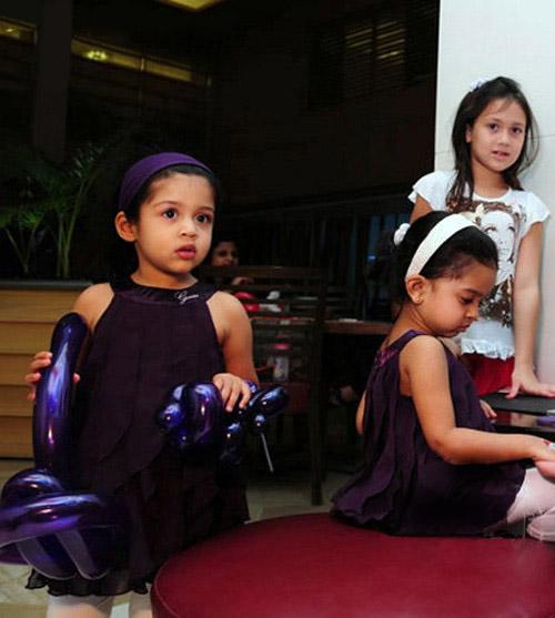 Jyothika's Xmas N Newyear With Daughter Diya -pics