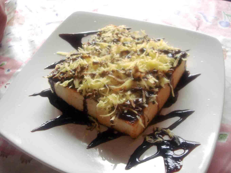 ErLoRa Café: Roti dan Pisang Bakar