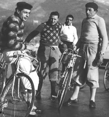 Fausto Coppi, manpri-wearing dork
