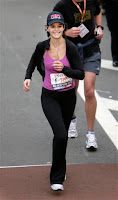 Katie Holmes loopt NY marathon