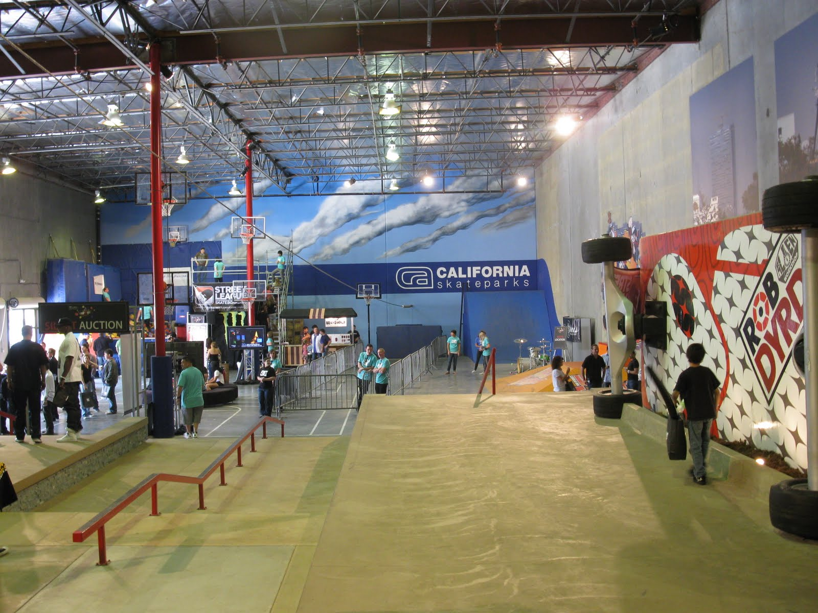 8abcf54acf After that, Ryan Sheckler shows up and Rob shows him how he changed up the  factory this season. I thought that was a good way to show the viewers the  ...