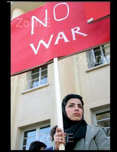 دانشجو نماد آزادي واستقلال ميهن خونبار ماست