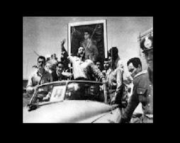 تصويري از تاج بخش شعبون بي مخ در روز كودتاي ننگين 32
