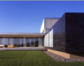 Contemporary Gatica House