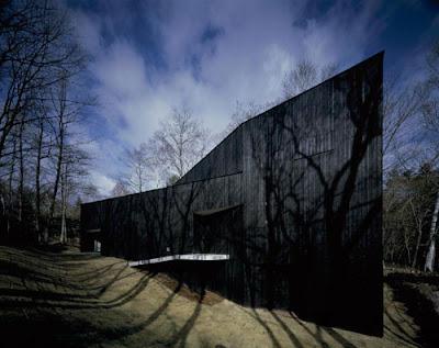 House Mountain Fuji by Satoshi Okada Architects
