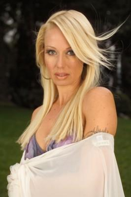 Fiona Horne, international celebrity, best selling writer and USA star correspondent for Wicca.TV