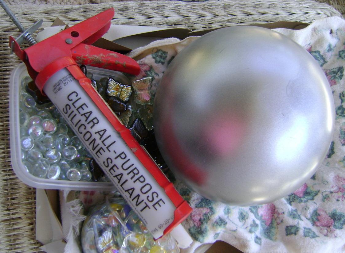 Bits and Pieces: Make A Gazing Ball Using A Bowling Ball