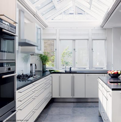 Beach Kitchens With White Cabinets