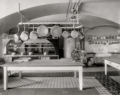 """TYWKIWDBI (""""Tai-Wiki-Widbee""""): White House kitchen, 1910"""