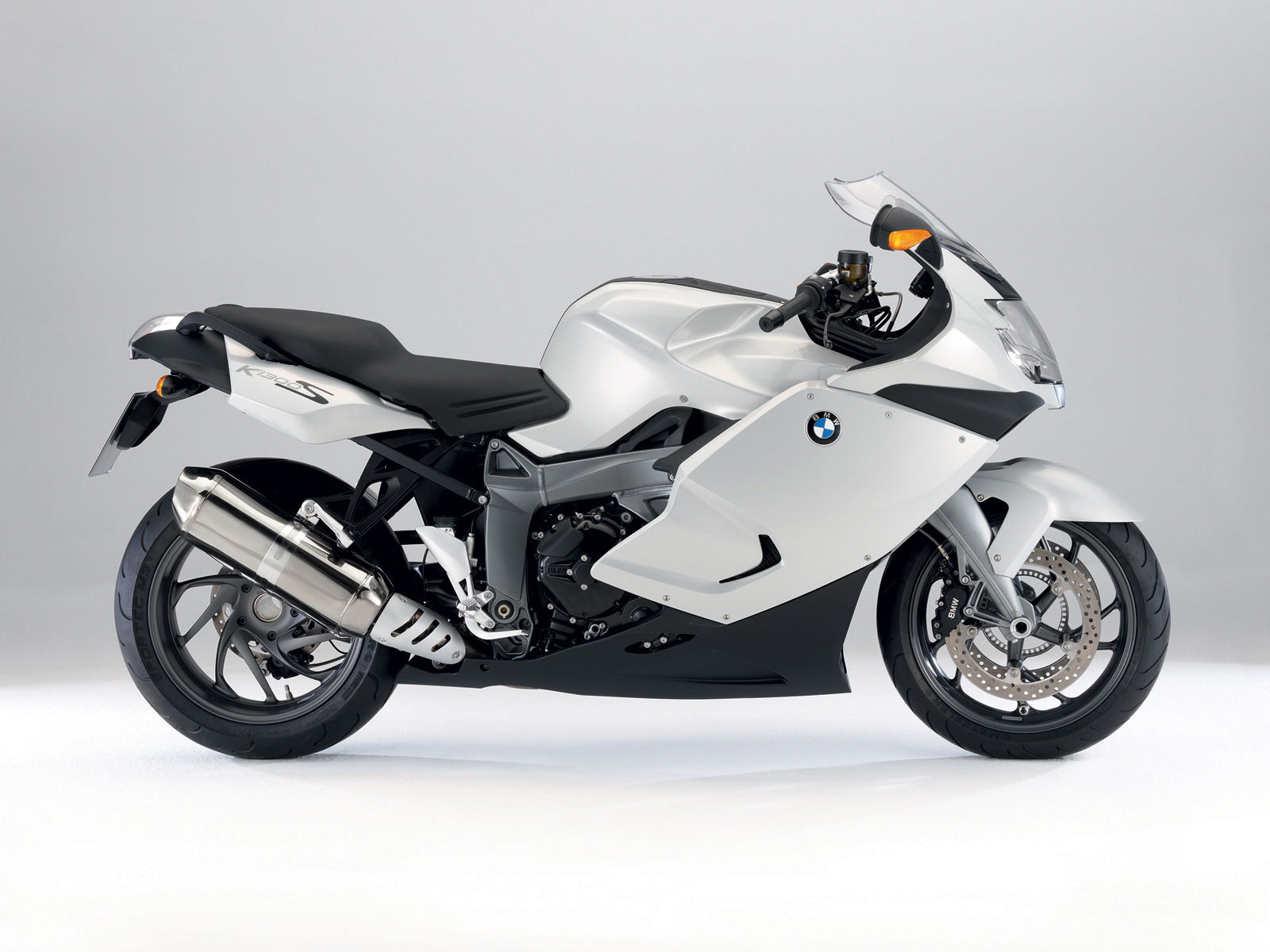 gambar motor bmw k1300s 2010 specifications. Black Bedroom Furniture Sets. Home Design Ideas