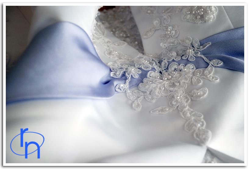 [william_rachel_bride_getting_ready+(11).JPG]