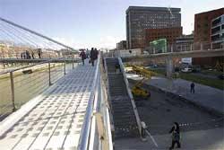 Calatrava considera mutilada la pasarela Zubi Zuri.