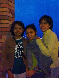 Nina & Friends