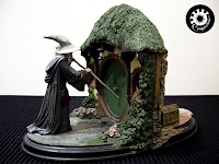 The lord of the rings weta bookends no admittence - Lord of the rings bookends ...