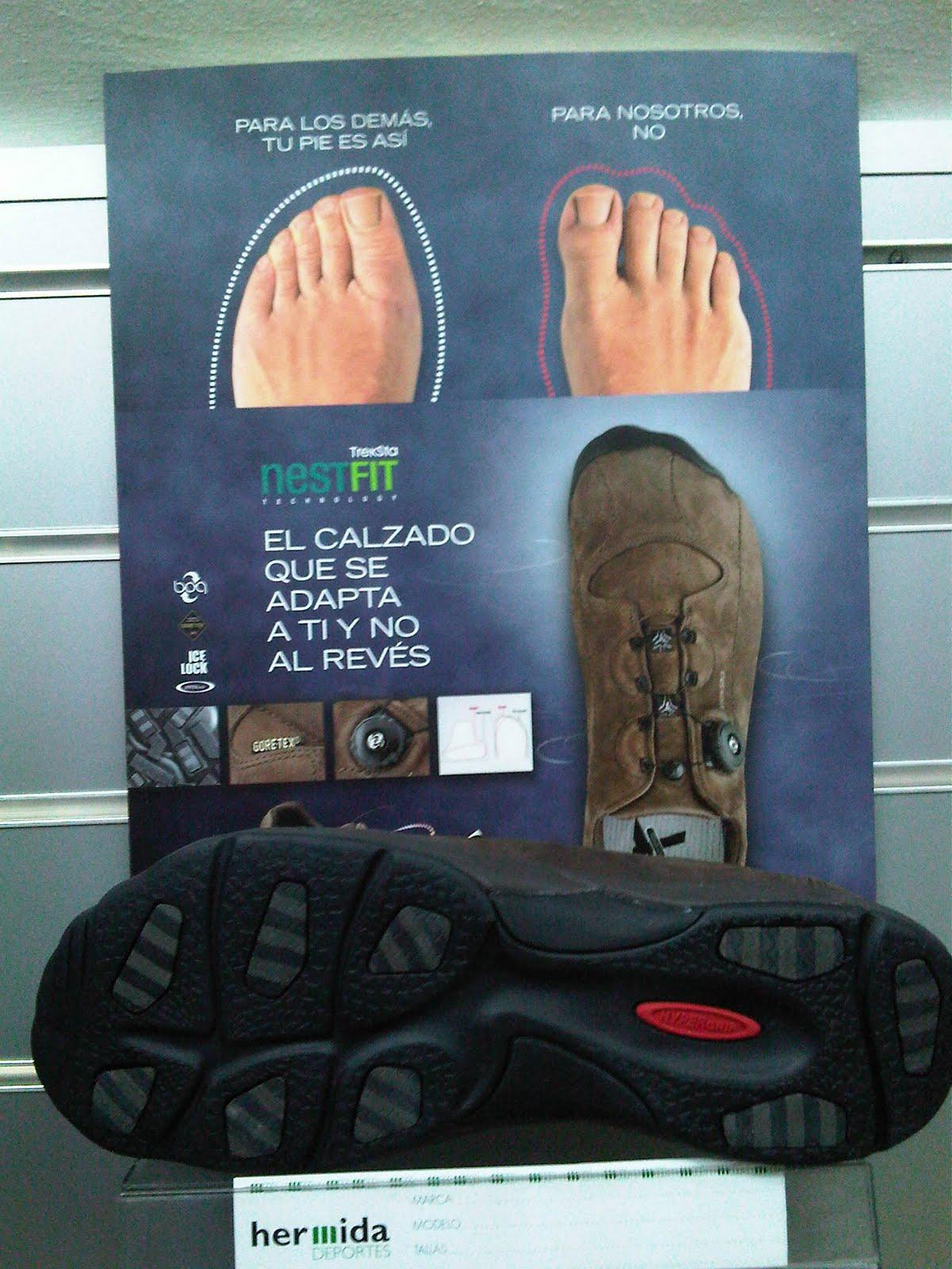 b2f351a34e0 En una línea más de calle pero sin olvidar las características que hacen  especial al calzado de la marca coreana Treksta