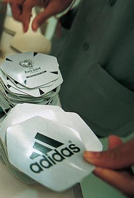 19 - Adidas toplar� nas�l �retiliyor?