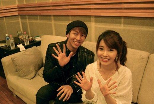[news] IU and Seulong to perform Naggingon Music Bank