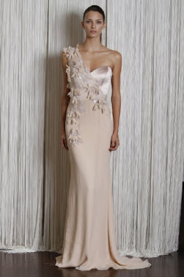 147967368 Me encantan todas las propuestas de Badgley Mischka en vestidos largos y  cortos de fiesta para el 2011