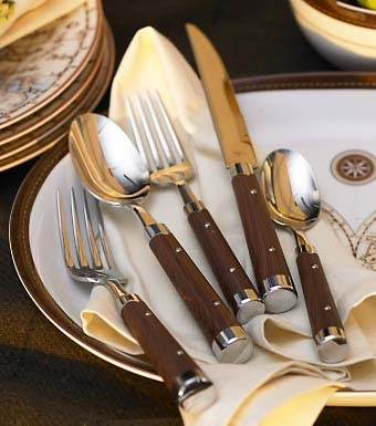 Dose Of Design Love It Faux Wood Flatware