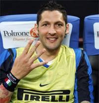Marco Materazzi yang menolak untuk melaksanakan selebrasi ketika Inter Milan menjadi juara Pial Terkini Materazzi: Inter Diatas Semuanya
