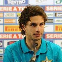 bukan pula alasannya yakni eksekusi kartu yang menciptakan Andrea Ranocchia tidak bermain dikala Inter Mi Terkini Aturan Tak Jelas, Ranocchia Terpaksa Absen