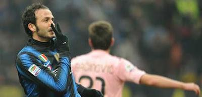 Giampaolo Pazzini melakoni pertandingan pertamanya untuk Inter Milan dengan sangat menggi Terkini Debut Impian Pazzini