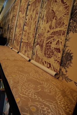 walnut wallpaper