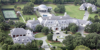 photo: house/residence of attractive talented calm  2700 million earning Dallas, Texas-resident