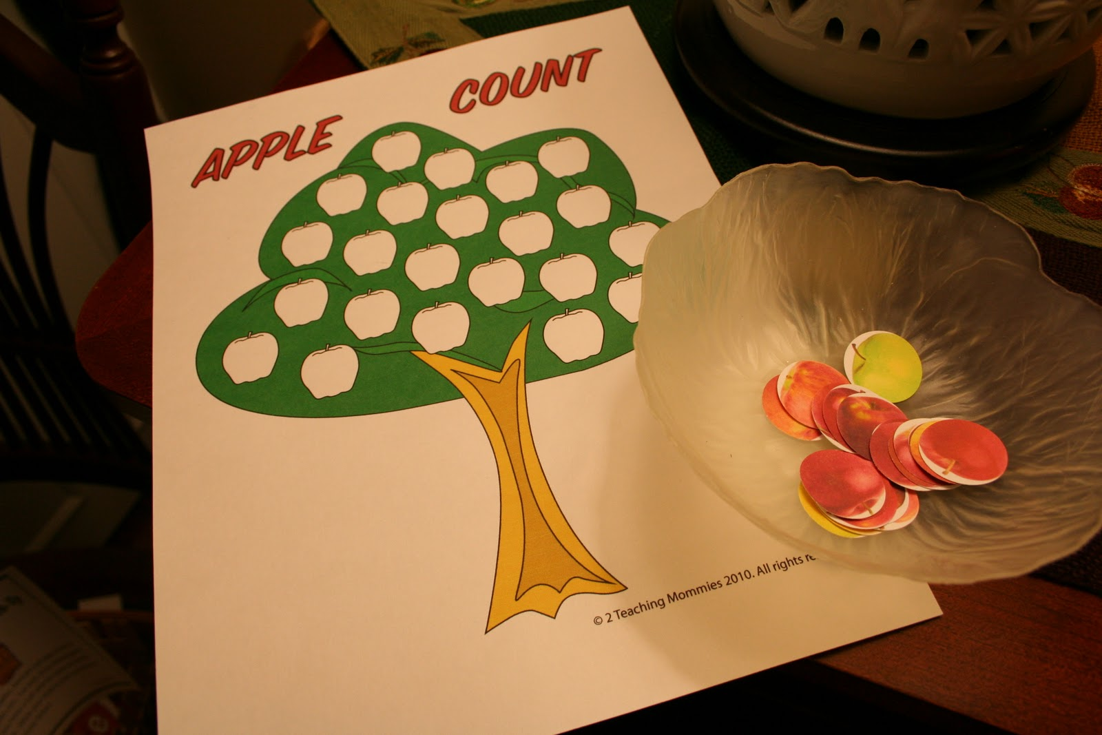 Pink And Green Mama Preschool At Home Fall Fun With An Apple Theme
