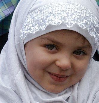 [hijab-cute-girl.jpg]