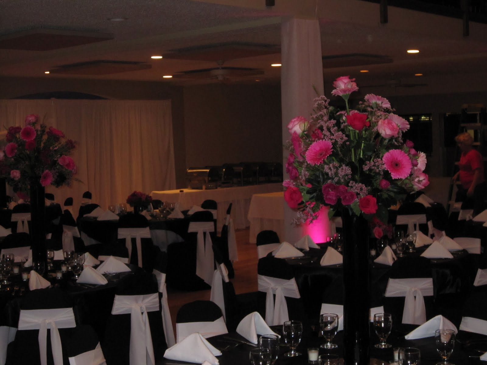Pink And Black Wedding Ideas: Sisters Floral Design Studio: Wedding At Hidden Lake Winery
