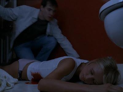 9 tumbas, Paris Hilton