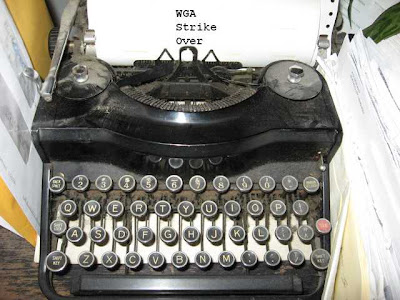 typewriter_photo_by_sookietex