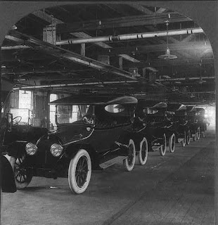 Row of completed 'Tin Lizzies' or Model T's come off the Ford assembly line. Credit Line: Library of Congress, Prints & Photographs Division, [reproduction number, LC-USZ62-63968]