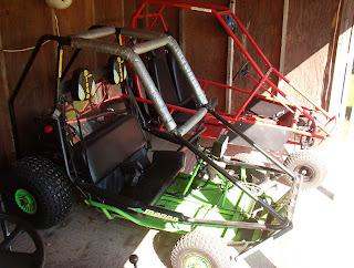 xs-items: Manco Dingo 2 seater 10 H P Go-kart