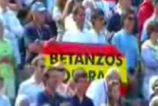 Bandera de España con el texto 'Betanzos con Rafa'