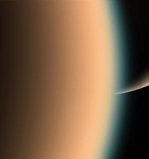 Saturno y la luna Titán