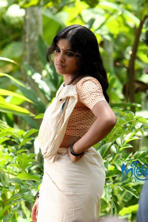actress archana kavi photo gallery in blouse hollywood