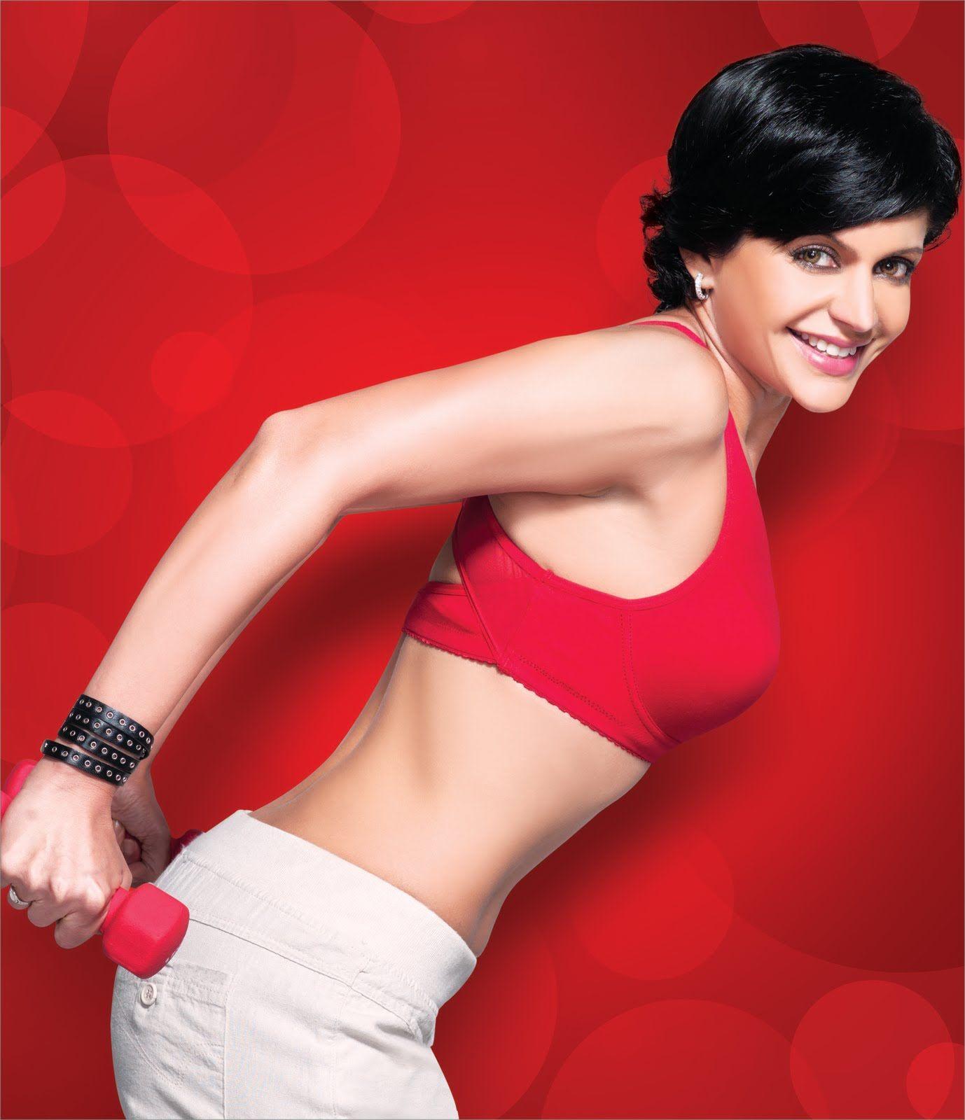 Mandira bedi hot bikini images wallpapers, actress latest hd photos