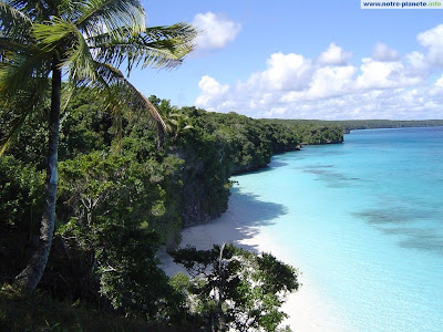 Plage - Lifou - Nouvelle Calédonie