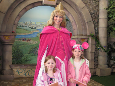 Disneyland - Aurora and the Litster Princesses