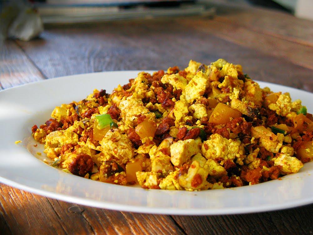The Rockin' Vegan: Vegan Huevos con Chorizo
