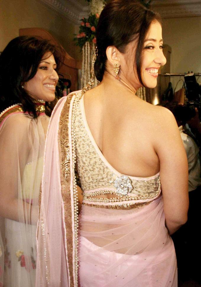 naked boobs of manisha kairala