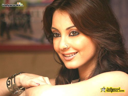 Bollywood Fan Minissha Lamba Without Bra And Without -6120