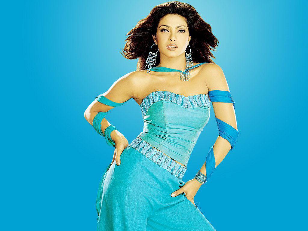 Bollywood Fan Priyanka Chopra Hot Wallpapers Hottest -3971