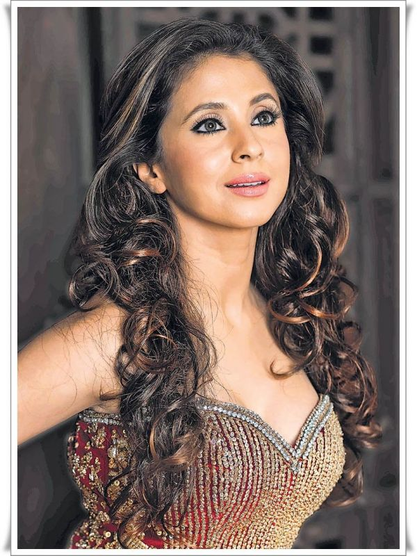Bollywood Urmila Matondkar Pictures Hot Sizzling Actress -2124