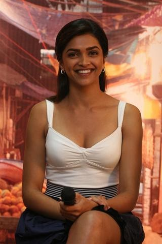 Bollywood Deepika Padukone Looking Hot And Beautiful At